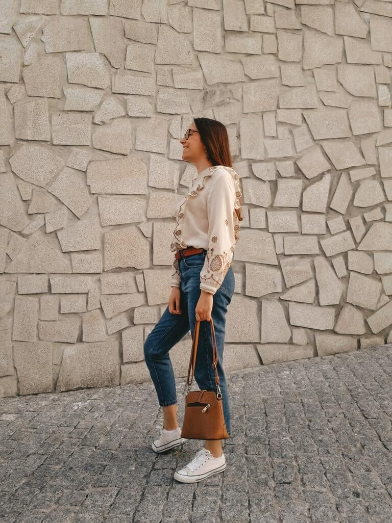 embroidered shirt zara outfit