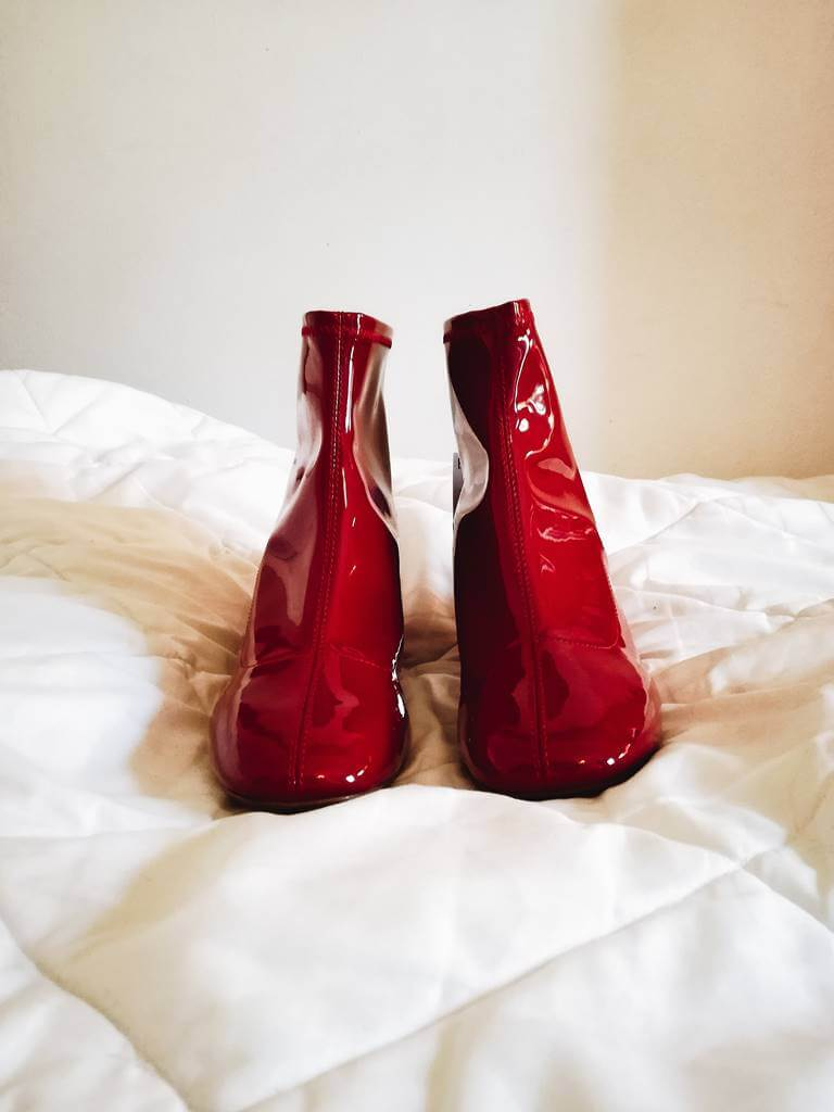 red vinil boots