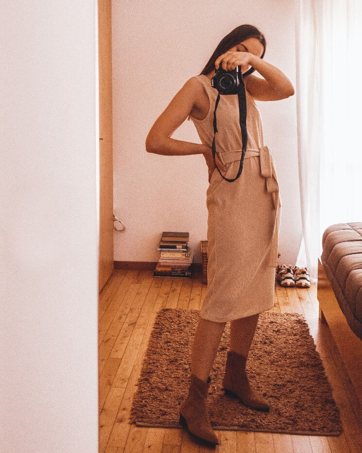 outfit boots for summer beige dress